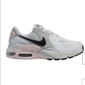 Nike Shoes - Nike Air Max